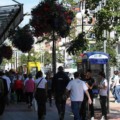 'Rosier' outlook as warm weather boosts sales and footfall