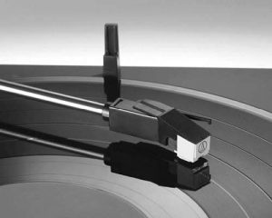 AT-LP60BT turntable