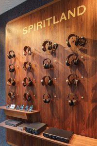 Spiritland Headphone Bar